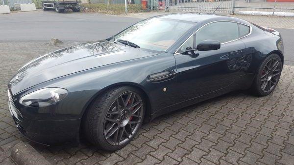Aston martin vantage cars and stars