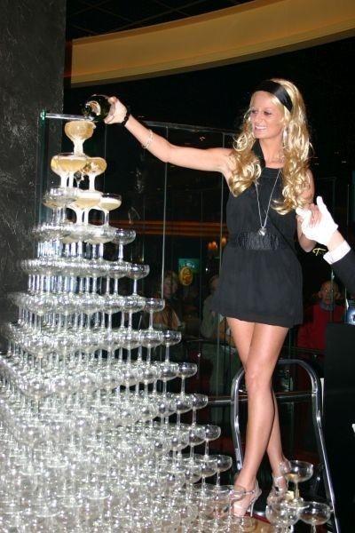 VIP feest paris hilton lookalike