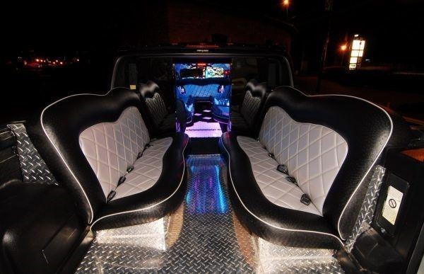 hummer limousine showcar