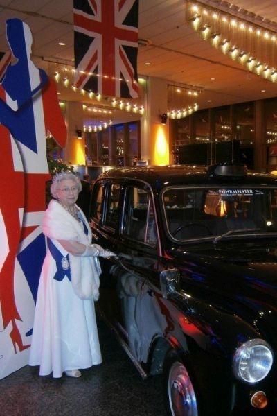 queen elizabeth british themafeest