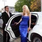 www.CARSandSTARS.nl Claudia Schiffer lookalike