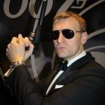 Daniel Craig dubbelganger james bond