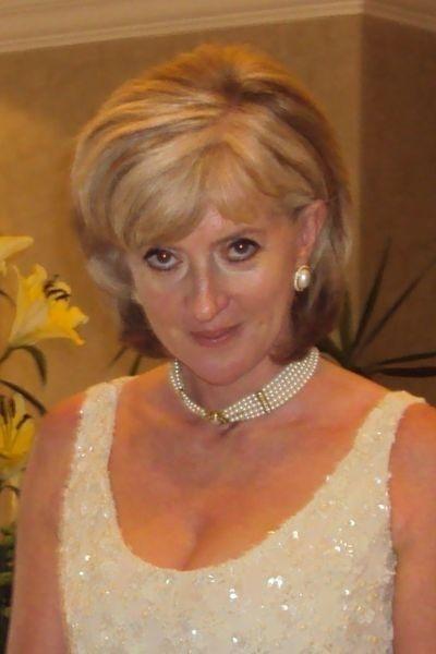 Lady Diana lookalike