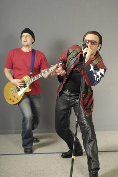 U2 tribute lookalike