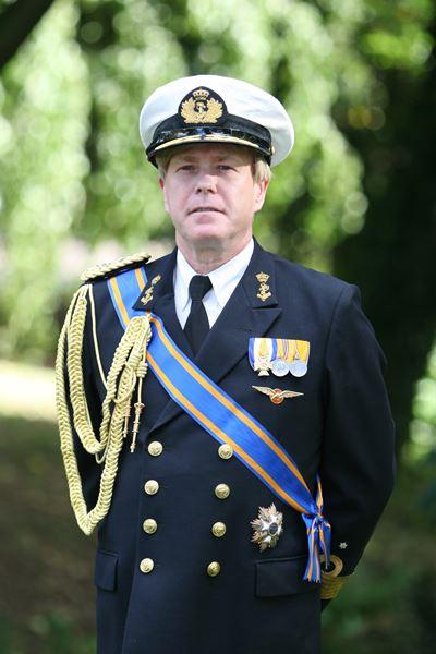Willem-alexander lookalike