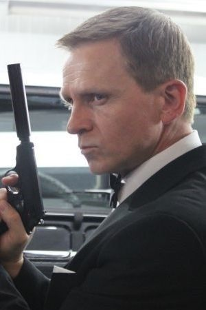 James bond imitator dubbelganger lookalike