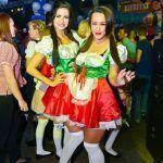 danseressen oktoberfest oktoberfeesten bierfeesten dansers