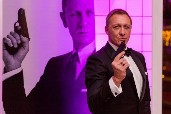 james bond themafeest kerstborrel