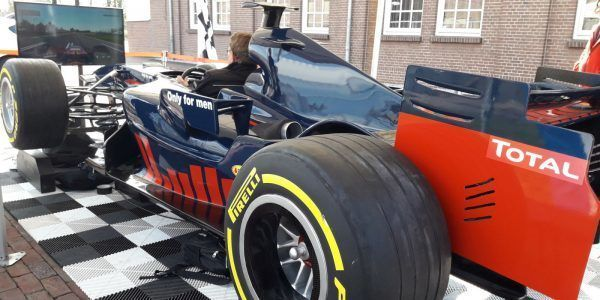 Max f1 kampioen testdagen testweek