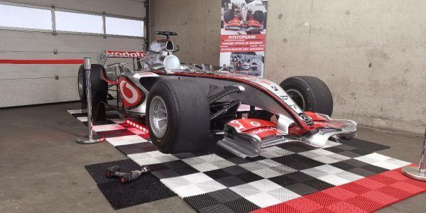 teambuilding pitstopgames pitboxgames pitgames racesimulator bandenwisselspel f1games (4)